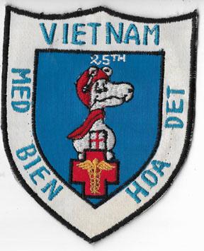 Vietnam 25th Medical Detachment Bien Hoa SNOOPY Pocket Patch
